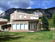 Open & Airy Duplex - On the 2nd Tee of the Club at Crested Butte (1400)