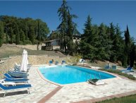 3 bedroom Apartment in San Gimignano, Tuscany, Italy : ref 2374389