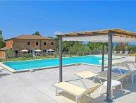 5 bedroom Apartment in Castiglione Del Lago, Umbria, Italy : ref 2372918