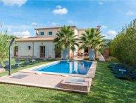 5 bedroom Villa in Sa Pobla, Mallorca, Crestatx, Mallorca : ref 2373782