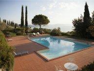 3 bedroom Villa in Passignano Sul Trasimeno, Umbria, Lake Trasimeno, Italy : ref 2374177