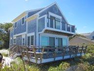 Custom Beach House Directly on the Water, Sleeps 6 : 016-B