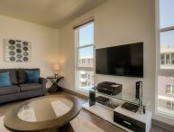 VIBRANT AND SPOTLESS FURNISHED 2 BEDROOM 2 BATHROOM APARTMENT