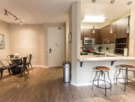 Modern 1 Bedroom Apartment in the Heart of Marina Del Rey