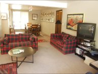 Quiet River Location - Walk to Restaurants and Shops (4430)