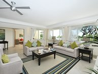 Palm Beach 204 - Ideal for Couples and Families, Beautiful Pool and Beach