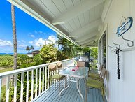 Steps to Beautiful Hanalei Bay with ocean views!!