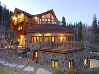 The Majesty of the Rockies on 5 Luxurious Levels; Hot Tub, Ski Shuttle & More