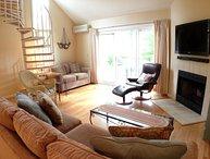 Ocean Edge - KING bed, 3 A/C's, hardwood floors & Pool (fees apply) - HO0004
