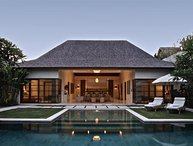 Nyaman Villa Luxury 4BR - Seminyak
