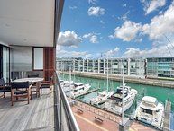 Prestigious WaterfrontAir Conditioned Apartment in The Point, Viaduct Harbour, Auckland