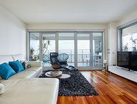 Luxury Penthouse Beach View (2BR)