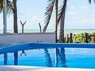 Uaymitun oceanfront w/pool