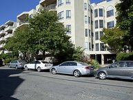 Furnished 2-Bedroom Apartment at Grand Ave & Park View Terrace Oakland