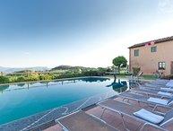 Pieve Hamlet Large Villas  rentals in Lucca - rent villas in Lucca