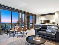 2 Bedroom Luxury Apartment Soutbank