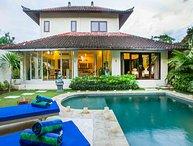 Villa Arushi+Ashima By Bali Villas Rus - GREAT LOCATION & VALUE Villa SEMINYAK
