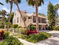Captiva Shores- Bay Breeze Cottage