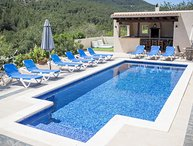 Villa with stunning views, 5 mins to San Jose, 20 mins to Playa den Bossa