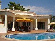3 bedroom Villa in Vilamoura, Algarve, Portugal : ref 2249280