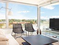 Modern & Spacious 2 Bedroom Apartment in Carrasco