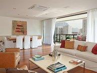Vibrant 3 Bedroom Apartment Nestled in Leblon