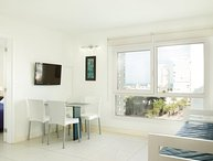 Modern 1 Bedroom Apartment in La Punta