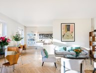 Elegant Three Bedroom Apartment in Saint Germain