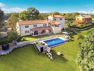 4 bedroom Villa in Tinjan-Ivetici, Tinjan, Croatia : ref 2219712
