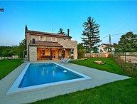 4 bedroom Villa in Kanfanar, Istria, Sivati, Croatia : ref 2373394