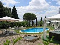 5 bedroom Apartment in Cortona, Tuscany Se, Tuscany, Italy : ref 2385604