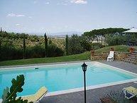 4 bedroom Villa in Lucignano, Val D orcia, Tuscany, Italy : ref 2385800