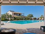 4 bedroom Apartment in Castellammare Del Golfo, Palermo And Scopello, Sicily, Italy : ref 2387061