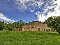 7 bedroom Villa in Spineta, Val D orcia, Tuscany, Italy : ref 2387257