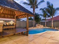 Tropical Retreat - Canning Vale