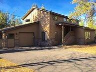 3 Bedroom Sunriver Entertainment Home with SHARC Passes Included