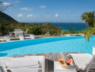 CAYE BLANCHE... elegant, spacious villa with exquisite view of the sea and Anguilla