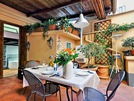 Pleasant Rome Apartment Directly Across from the Colosseum - Palatina