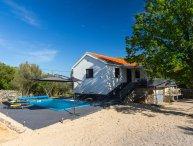 Summer villa for rent, Zestilac, Krk island